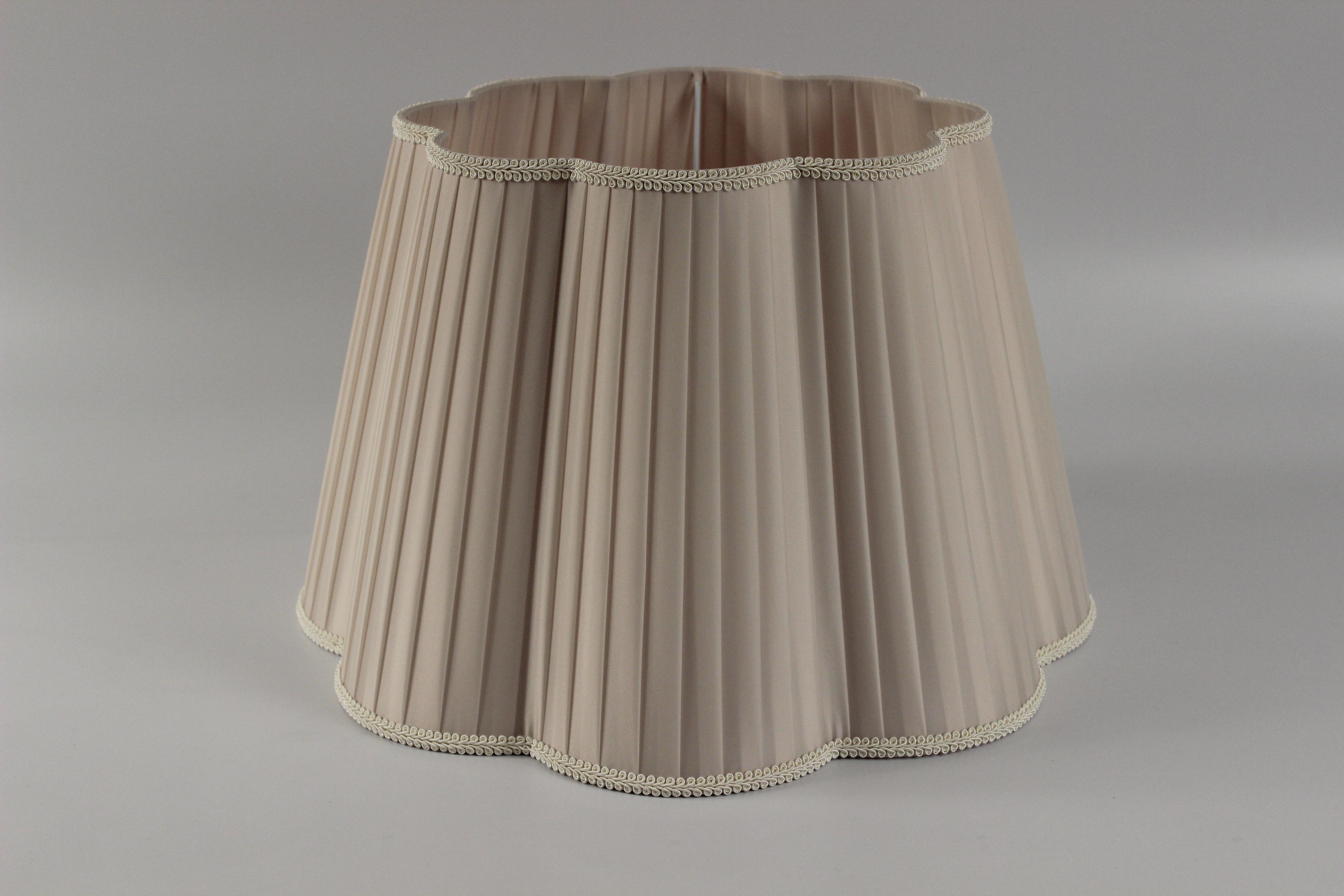 Paralume organza opinioni sanotint light tabella colori - Cappelli per lampade da tavolo ...