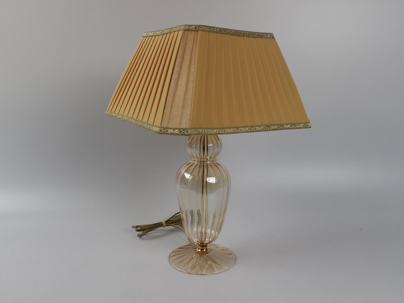 Lampade In Vetro Soffiato : Lampada vetro soffiato in italia color ambrato con paralume